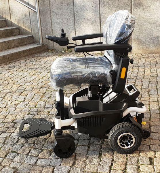 EXCEL E-Smart (6 km/h) - Elektrorollstuhl mit elektrischem Sitzlift - Vorführer
